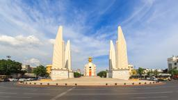Bangkok hotels near Democracy Monument